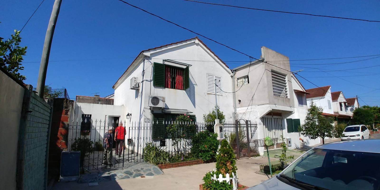 Dúplex en venta – Calle 27bis e/74 y 75 | Larrosa
